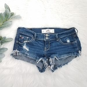 HOLLISTER Shortie Distressed Festival Shorts 26